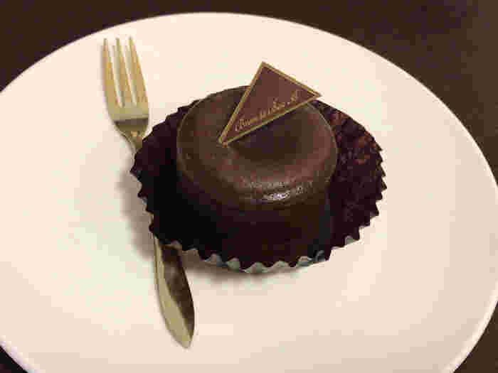 トップレベルなチョコレート専門店やショップが集まる「吉祥寺」。チョコレート専門店の高級チョコレート、チョコレートのかき氷、チョコレートドリンクなど・・・目移りするほど様々なチョコレートに出会えますよ。  美味しいチョコレートを求めに、吉祥寺へ足を運んでみてはいかがでしょう。