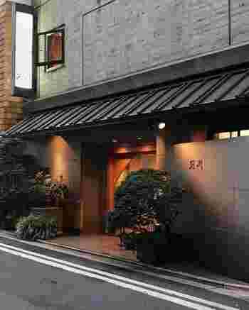 駒形橋のすぐそばにある「前川」は、創業約200年の老舗。なかなか手に入らない国産鰻がいただけるお店として有名です。