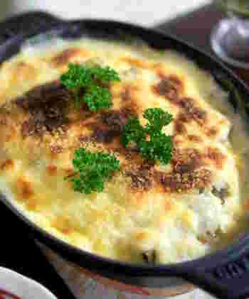 旬の食材を合わせてオリジナルグラタンレシピ♪白菜とカキは下ごしらえをして簡単に作れるのがポイントです!