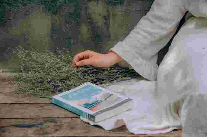 """「読書」が脳にもたらす""""7つの効果""""とは?人生の謎を解く鍵は本の中にある!"""