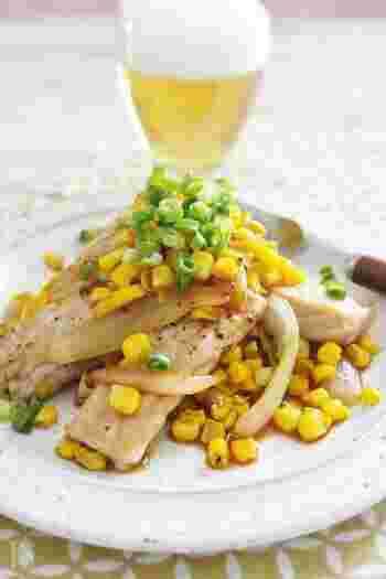 わさび醤油味がとうもろこしの甘みを一層引き立ててくれる、とうもろこしと豚肉のソテー。ビタミンBを豊富に含んでいるので、夏バテ気味の時にもおすすめです。