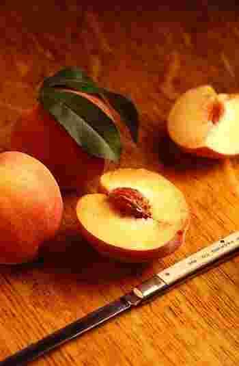 甘さが濃厚な完熟桃で作るジャムは絶品です。