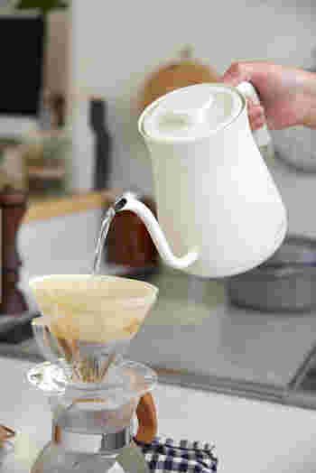 コーヒーだけではなく、朝食のお茶を淹れる時にも重宝しているそう。おかわりを淹れるのも「楽々」とのことです。