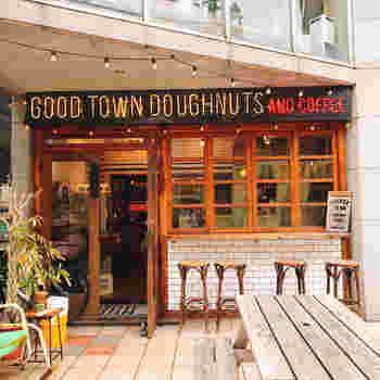明治神宮駅近くに位置する「GOOD TOWN DOUGHNUTS」。アメリカンでポップな雰囲気もGOOD!