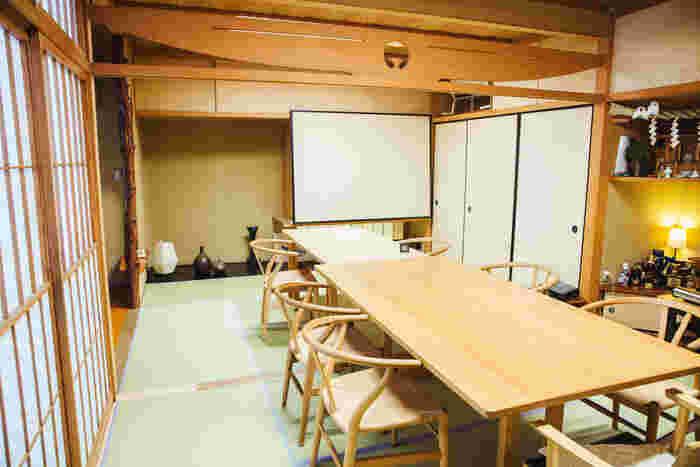 一階の和室は、もともとご主人のおじいさまとおばあさまが使っていたもの。休日はこの和室で、家族全員で食事をすることが多いのだそう