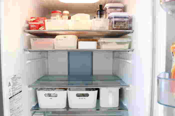 すぐ散らかっちゃう冷蔵庫。ブロガーさんの収納アイデア&愛用グッズ
