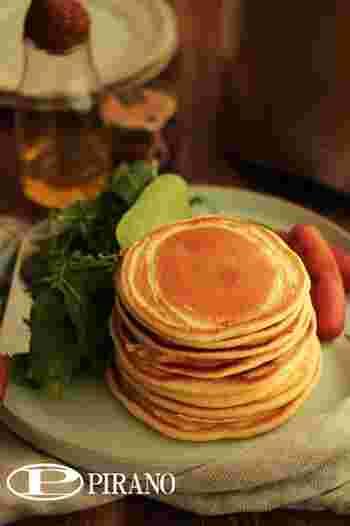 朝食やランチにピッタリの擦ったじゃがいもを練りこんだ、お食事系レシピ。もちもち食感がやみつきになりそう。