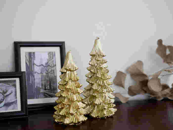 キャンドルもクリスマスらしいアイテムの一つですね*クリスマスの時期ならクリスマスらしくツリー型のキャンドルで一気にクリスマス仕様に◎火を灯さずにそのまま飾ることができるのも良いですよね。