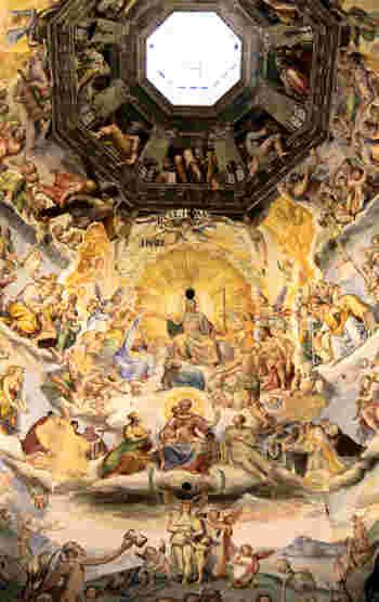 クーポラに描かれているフレスコ画、ジョルジョ・ヴァザーリ作の「最後の審判」は必見です。