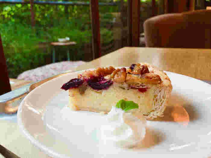 のんびり過ごすには欠かせないデザートたち。ケーキ類やドリンクメニューは、種類が豊富で迷ってしまいます。