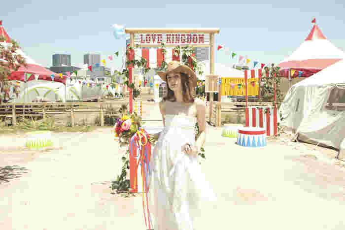 WILD MAGICに隣接する、パーティエリア(LOVE KINGDOM)では、パーティやアウトドアイベントをはじめ、個性的なアウトドアウェデングもここなら叶えられます!  (上記6枚画像提供:WILD MAGIC -The Rainbow Farm -様)