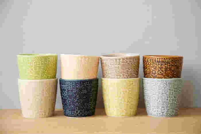 8色展開している「PATTERNED CUP」