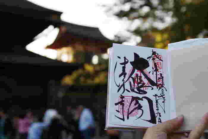 そして、最近人気なのが御朱印集め。お参りをして「その神社と縁を結ぶ」という意味合いがあるんだとか。美しい文字と印は、訪れる神社や書いてくれる人によって、同じものが2つとなく表情豊かな文字と出会えるのが魅力的ですね。  毎日の生活の中にも、小さな幸せを見つけられたら嬉しいものです。日常を少し輝かせてくれる、そんな「よりどころ」になってくれる素敵なブランドをご紹介します。