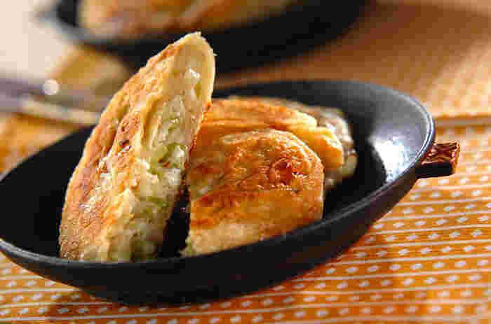 生地に山椒をプラスしたレシピ。ピリッと辛みと豊かな風味が加わり、アクセントになりますよ。余りがちな山椒のお助けレシピにも◎。長ネギを使用しているので、食べ応えもバッチリですよ。