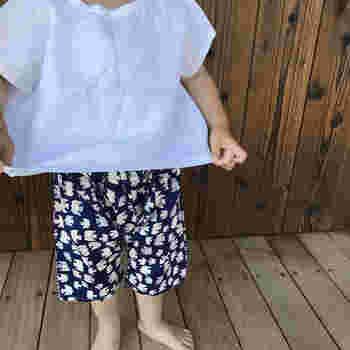 動きやすいもんぺは、お子さんに履かせるのにもぴったり。好みの生地で手作りするのも楽しそうですね。