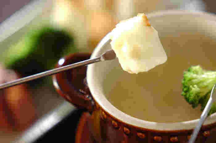 白味噌と乳製品の相性は抜群。チーズに隠し味としてプラスすることで、あっさり感がありつつもコクを出すことができます。