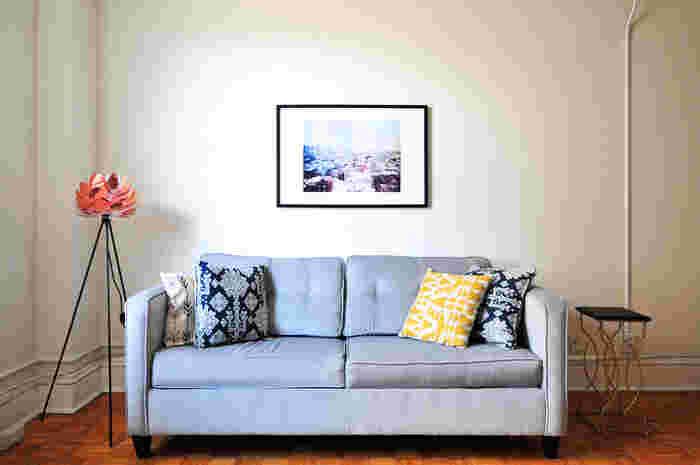 そんな方におすすめなのが、壁を変化させること。 家の中は壁だらけ。その壁に、少しのエッセンスを加えることで、あっという間にお部屋の雰囲気が変わります。 壁紙を変えるなんて大それたことをしなくても、壁をアレンジできる魅力的なアイテムをご紹介します。