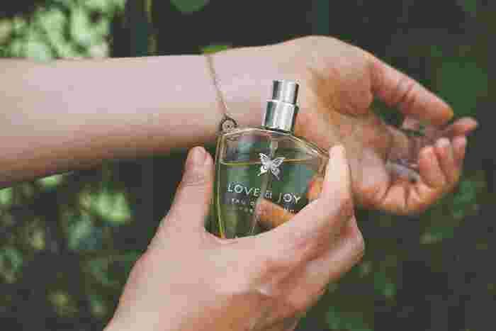 さりげなく香る《大人のパフューム》で春を感じさせよう*