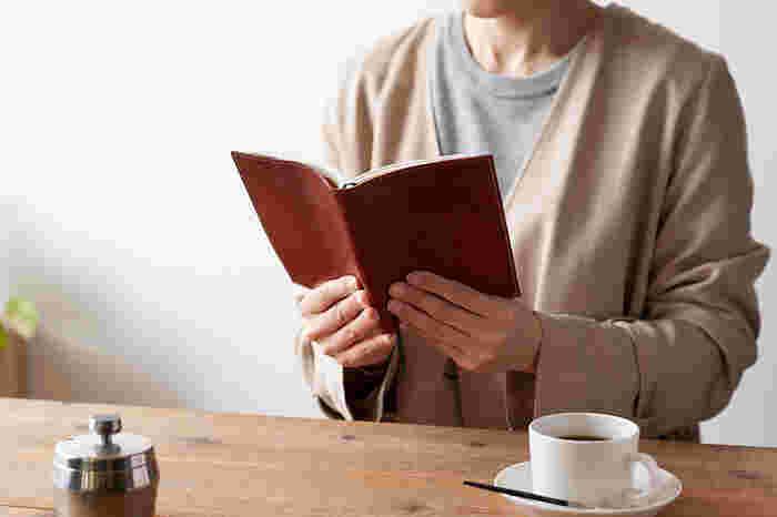 読書タイムがもっと好きになる「本まわりのアイテム」&手作りアイデア