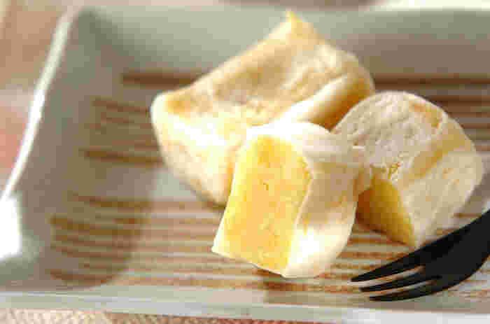 なんと、和菓子の「きんつば」も家庭で作れちゃうんです。衣は白玉粉で作り、フライパンで焼くだけ。スイートポテトより簡単かも!