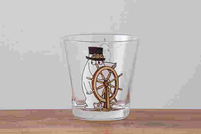 イッタラのムーミングラスは、ついつい集めたくなるもの。小さいお子さんはもちろん、大人にもハッピーな気持ちにしてくれるグラスです。