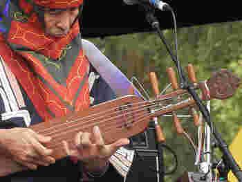 2012年、サーミとアイヌのフェスティバルがノルウェーで開催されました。また、2回目のフェスティバルが札幌で2013年に行われ、サーミ族の人たちも日本を訪れています。