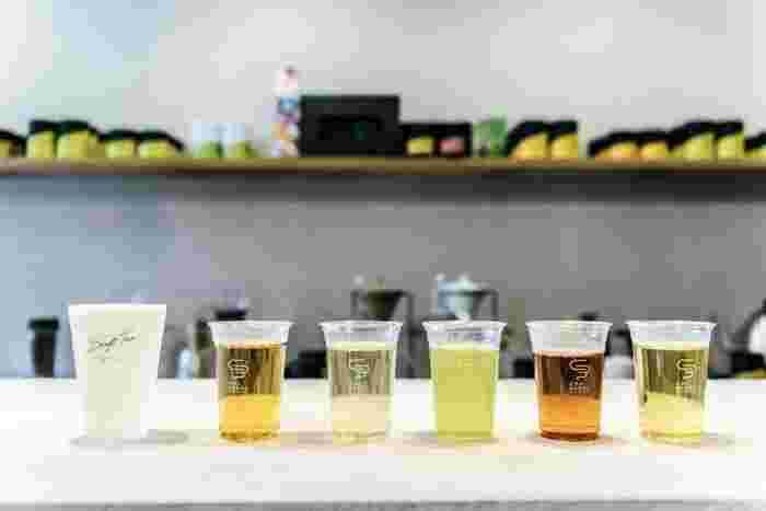 「おしゃれに楽しむ日本茶エンターテインメント」をコンセプトに、TEA STAND&STORE型のセレクトショップとして、日本茶の新たな楽しみ方を国内外に発信している神奈川県鎌倉市の「CHABAKKA」から届く「シングルオリジン日本茶」定期便。