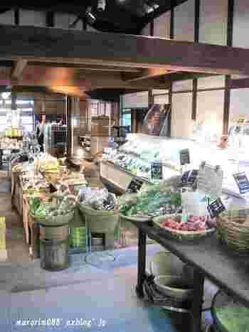立ち寄った際は、新鮮なお野菜や安蔵里ブランドの調味料などをお土産にしたいですね♪