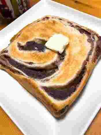 あん食は、そのまま食べても焼いて食べても美味しいですよ。おすすめは、トースターで焼いてバターを塗る食べ方です。ぜひ一度、お試しいただきたいです!