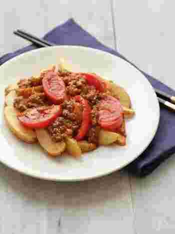 豆板醤のピリ辛がおいしい麻婆トマトをのせたローディッドフライ。ちょっと意外な組み合わせですが、とてもいい味。トマトが、さっぱりとしたあと味にしてくれます。