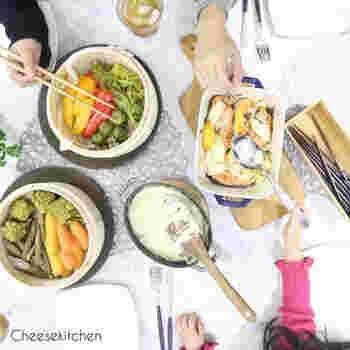 旬の野菜を蒸したり焼いたりして、アリゴをディップ代わりにしていただくのもおすすめ。野菜がたくさん食べられて、栄養バランスも抜群です。