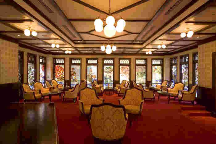 大正ロマンと金沢文化が融合したクラシカルなホテル。兼六園に隣接してるので市内観光にもうってつけ。