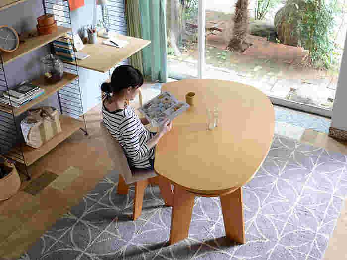 大型の家具はお部屋のイメージや暮らし方を左右するから、じっくり選びたいですよね。どんな暮らしをしたいのかイメージしながら、お気に入りのテーブルを探してみてはいかがでしょうか。