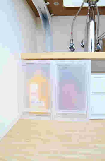 ちょっとした水もPPケースなら大丈夫。洗面台の下に、PPケースを並べて収納力と使い勝手アップ。定位置を決めておけば、無駄な買い物もしなくなり家計にも優しいですよね。