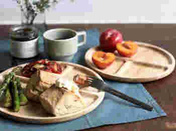 仕切りがあるので適当に盛り付けてもサマになるのが嬉しいプレート皿!素敵な一日の始まりにカフェ風プレートで着飾って。