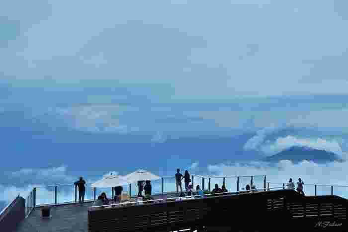 雲の海を眺めながら、刻一刻と過ぎていく時間。なんとも贅沢で優しい時間です。