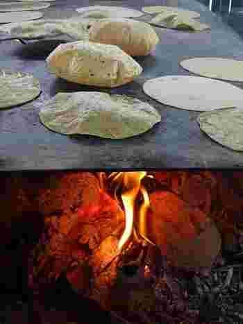 本場メキシコでは巨大な鉄板で焼き上げますが、ご自宅では手軽にフライパンで焼き上げましょう。表面がぷくぷく膨れてきたら、裏返して、両面少し焦げ目がつく程度焼いたらできあがり。