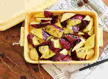 大学芋を油で揚げずにオーブンで簡単に作れます。グリラーは、さつまいもを電子レンジで加熱した後に、オーブンで焼くという二段活用です。子どものおやつにもおすすめです。