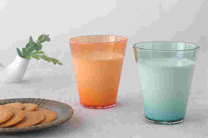 ミルクを入れると、色合いや濃淡が良くわかります。入れる飲み物によって変わる表情も魅力の一つです。