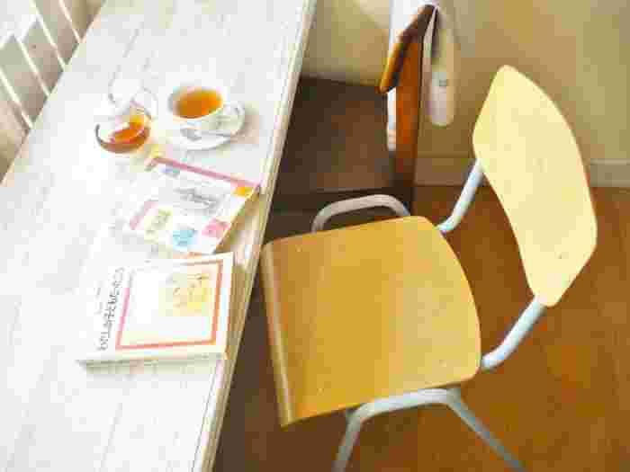 読書をしながらゆったりとお茶を楽しむ。 子どもと一緒にそんな時間が過ごせたら幸せですよね。