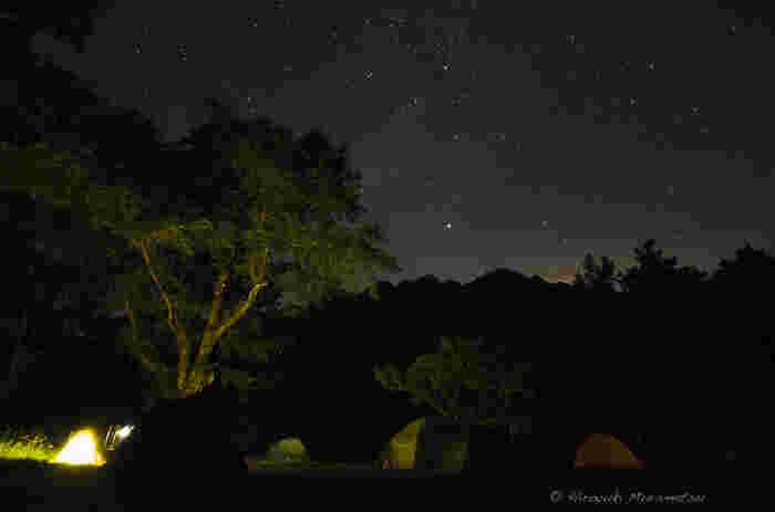 そして夜は頭上いっぱいに展開される天然のプラネタリウムが。いつまでも心に残る素敵な思い出を作れそう。