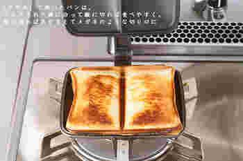 使い方は至ってシンプル。パンとパンの間にお好みの具材を挟んで、上からプレス。バウルーを閉じた状態で両面焼けばもう出来上がり!
