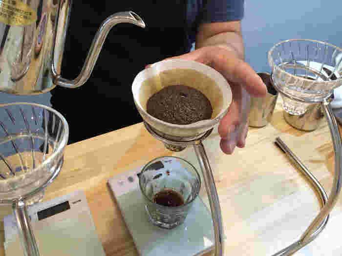 コーヒー豆は常時6~8種類ほどあり、生産国や産地、豆の品種などが詳しく紹介されています。好みを伝えて豆を選んでみては?