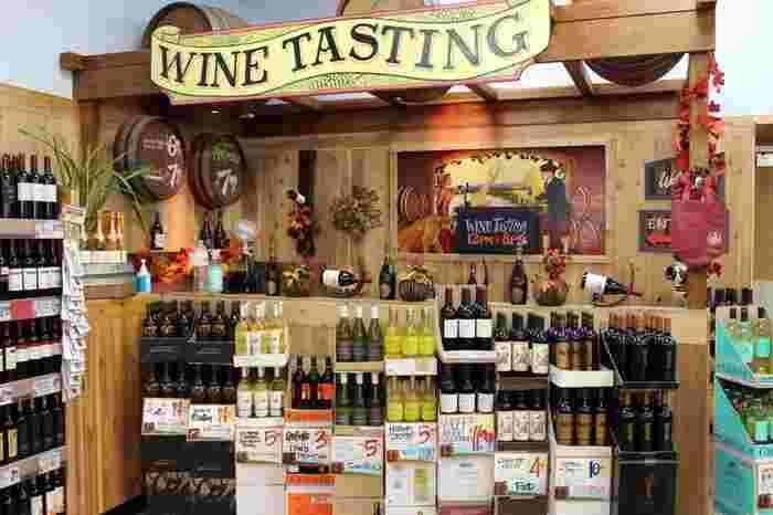 ワインの品ぞろえはとても充実しています。オリジナル商品もそれ以外もたくさんあり、何と2ドル台から手に入るものもあるので、試しに買ってみてもいいかも。