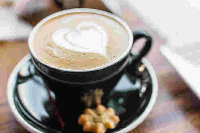 休憩は、仕事をしている場所から離れてしっかりと休憩しましょう。心も体もリフレッシュ出来ますよ。意識して、用事があれば立ち上がって歩いたり、お茶を入れに行くと良いですよ。