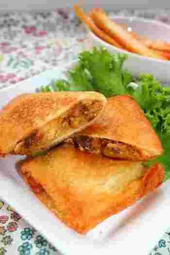 サバ缶とチーズをプラスすれば、あとは味付け不要なリメイクレシピ。 魚の香りが漂うカレーホットサンドなんて新しいかも!?