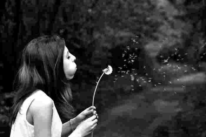 焦りの気持ちは誰しもが持つものですね。でもそれに支配されすぎるのは考えものです。焦りの原因をはっきりさせ、自分自身にゆとりを持つことで焦りにもうまく対処できることでしょう。