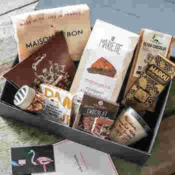 靴の空き箱や、いただきもののお菓子の空き箱などなど・・・特に素敵なデザインの箱はとっておきたくなりますね!