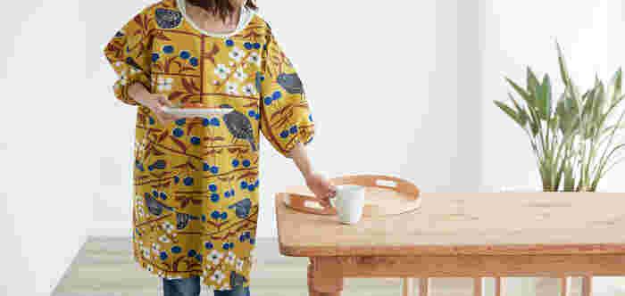 モダンな割烹着がほしい!という人におすすめの、北欧柄がおしゃれな割烹着。セミオーダー品なら、自分好みのファブリックを選んで割烹着を作ってもらえます。自分用だけでなく、プレゼントにもおすすめのアイテムです。