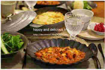 メインのイメージがあるヤンソンさんの誘惑ですが…小さめのお皿で焼いたら、一気に副菜に様変わり!ランチにもぴったりです。